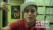 17 - годишен имитира страхотно гласовете на Lil Wayne, Drake, Eminem и Ludacris