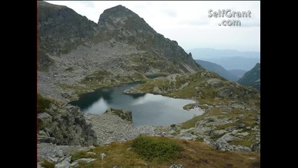 Красива природа от България и хубава музика.