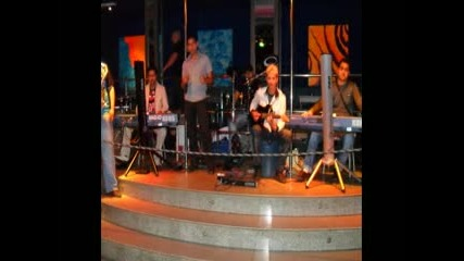Sunny Band & Vesi - Besame mucho