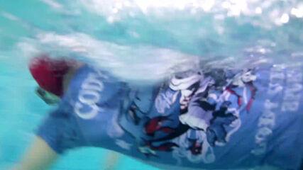 Around the world: challenging but exciting, it's underwater hockey!