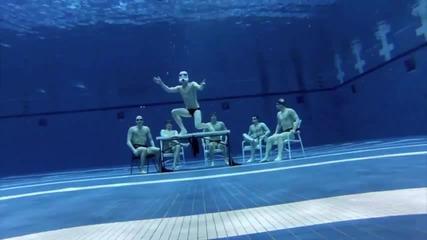 Harlem Shake под вода