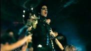 Adam Lambert - For Your Entertainment (превод)