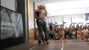Страхотен танц от двамата :)
