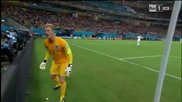 Ето как английският вратар Джо Харт иска топката от публиката в мача срещу Италия!