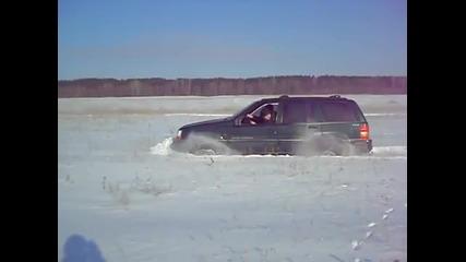 6.02.2010 snow offroad Russia (samara) - Jeep Grand Cherokee Zj part 2.mp4
