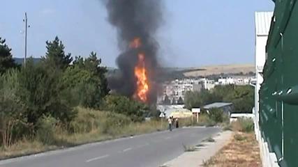 Пожар избухна на газ станция в Разград, петима пострадаха