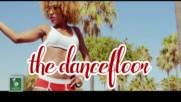 Claudia Pavel - Hit the Dancefloor