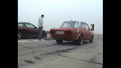 Bmw M6 vs. lada turbo race drag 1/4 mille