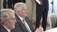 Russia: Seehofer and Moscow mayor sign accord to boost bilateral ties
