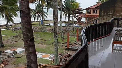 Indonesia: Tsunami death toll climbs to 222, countless homes destroyed