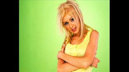 Christina Aguilera - Keeps Getting Better