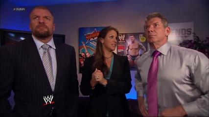 Stephanie Mcmahon предполага Daniel Bryan претърпи преобразяване Първична сила 29.7.2013