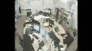 Не Дразни Колегите В Офиса