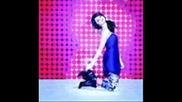 Selena Gomez za kynkyrsa na plastmasovata 98* (p 9*)
