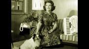 Нека вълшебния глас на Connie Francis ви отведе при най хубавите спомени..