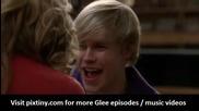 Супер сладко! Сериала Glee изпълнява песента на Justin Bieber - Baby