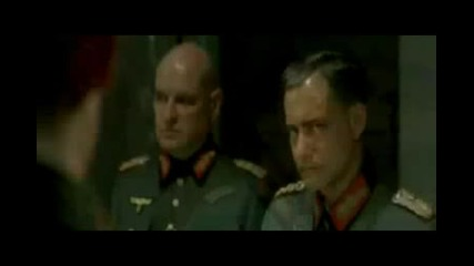 Хитлер получава априлска шега