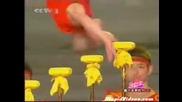 Страхотно Акробатично Изпълнение!