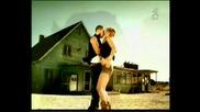 Текст + превод* Velvet - Mi amore ( Official music video )