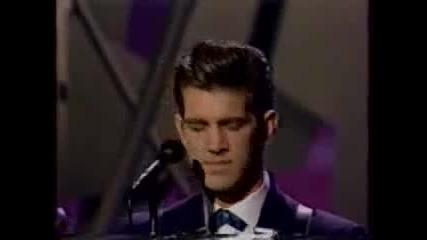 Chris Isaak performing Blue Spanish Sky