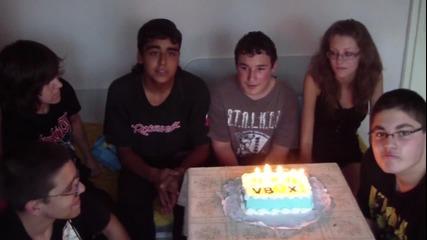 Честит рожден ден Vbox7 от Idiotic :)