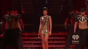 Страхотно изпълнение Rihanna - Disturbia ( live iheartradio Festival 2012 )