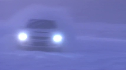 Lancer издивява на снега