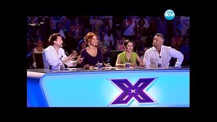 Красиво момиче вдигна публиката на крака - X - Factor България 13.09.13