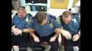 Полицаи - Олигофрени