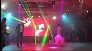 Този сватбен танц ще остане вечно в историята... Вижте го и се убедете сами...