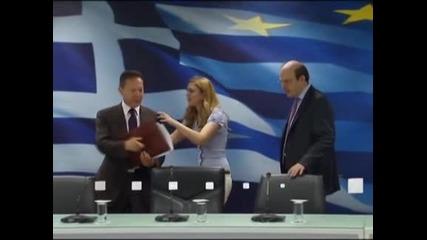 Спешна рокада в гръцкото правителство - нов министър на финансите