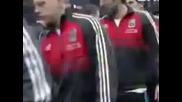 Луис Суарес отказва да подаде ръка на Патрис Евра