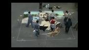 Лапета Рисуват Огромна Мона Лиза