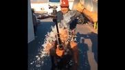 Usher Als Ice Bucket Challenge - -ice Bucket Challenge-