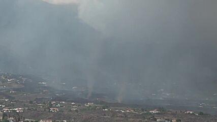 Spain: Whirlwinds mark volcanic activity site on La Palma