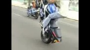 motorbikes - group - kuwait part 2.3gp