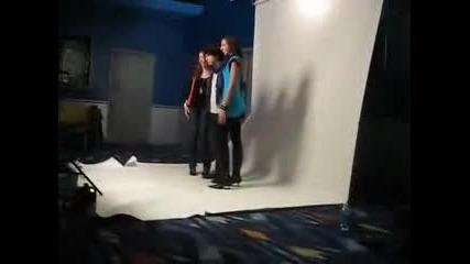 Ник Джонас пергръща момиче (не е чесно и аз искам :д)