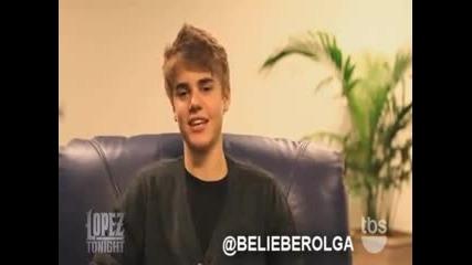 Justin Bieber пее на испански ;д