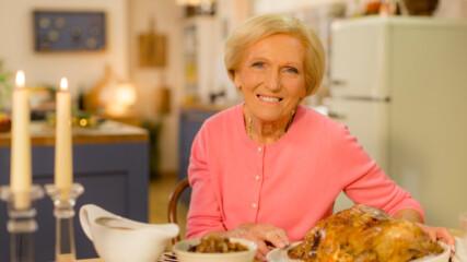 Печено пиле с овкусено масло и карамелизиран лук | Домашни рецепти с Мери Бери | 24Kitchen Bulgaria