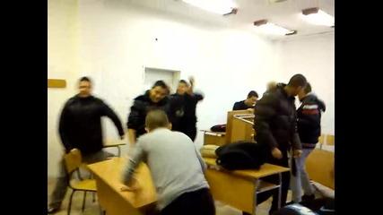 Harlem shake - Българска версия в училище