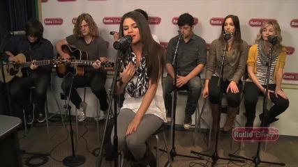 Selena Gomez & The Scene - Who Says на живо