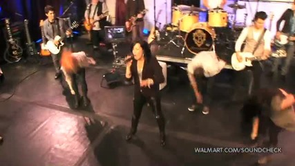Demi Lovato - Cant Back Down (2010 Walmart Soundcheck)