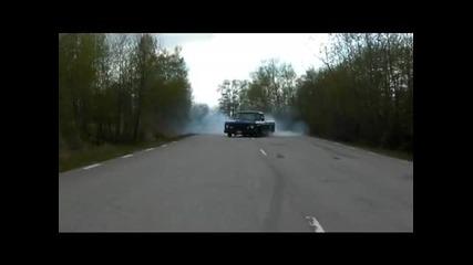 Мрази си гумите Dodge D100 440