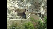 Планета. Болгария. Скальный монастырь Алажда (русский)