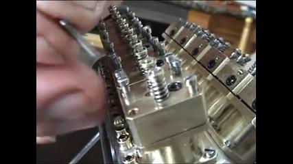 сглобяване на мини V12 двигател