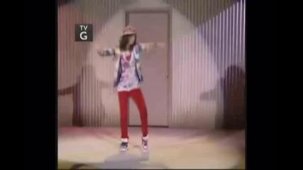 Selena Gomez - Chokechain