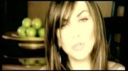 Kaiti Garbi ft. Giorgos Tsalikis - Tha Meinei Metaksy Mas - Official Video Clip