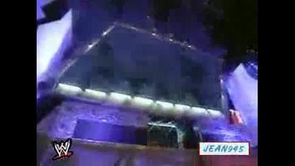 Ледения Стив Остин и Грамадата срещу Скот Хал и Екс Пак Wwf Raw