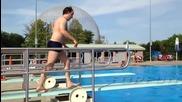 Смешни скокове във вода - Компилация 2014
