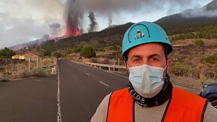 Spain: Lava approaches homes, residents evacuated after La Palma eruption